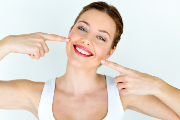 What are veneers and how do they look?